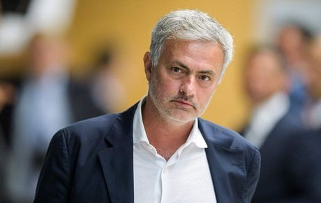 Mourinho: Neu mua Lukaku va Matic luc nay, Man Utd phai mat 200 trieu bang - Anh 1
