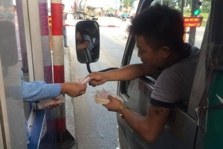 Khong co chuyen de nghi dieu tra viec 'tra tien le', gay roi o tram BOT quoc lo 5 - Anh 1