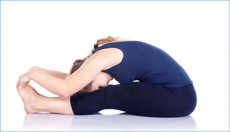 Cac tu the yoga giup lam giam beo bung - Anh 1