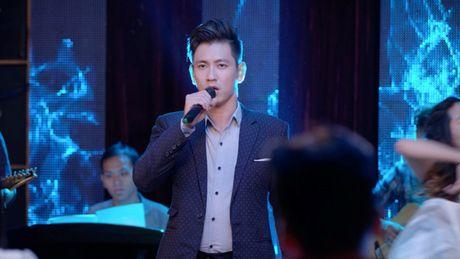 'Glee' tap 3: Do An bi Angela Phuong Trinh lap muu 'duoi' khoi CLB - Anh 2