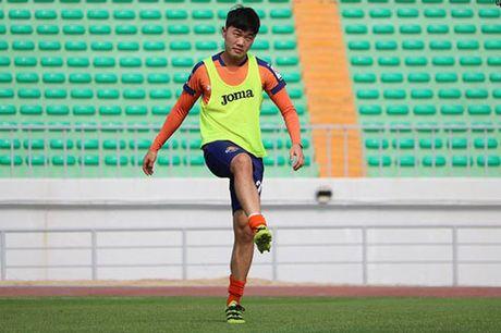 TIN TOI (17.9): Xuan Truong tiep tuc 'gap han' o Gangwon FC - Anh 1