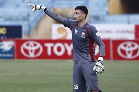 TIN TOI (17.9): Xuan Truong tiep tuc 'gap han' o Gangwon FC - Anh 2