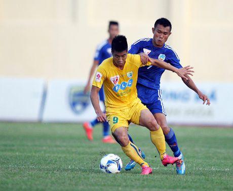 Truc tiep FLC Thanh Hoa vs Quang Nam FC vong 18 V.League 2017 - Anh 1