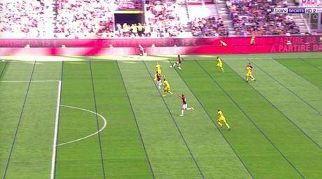 CDV AC Milan 'soi mau' vi cong nghe VAR - Anh 1