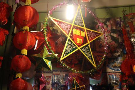 Tran ngap khong khi trung thu o Pho Co Ha Noi - Anh 3