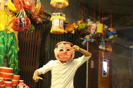 Tran ngap khong khi trung thu o Pho Co Ha Noi - Anh 9