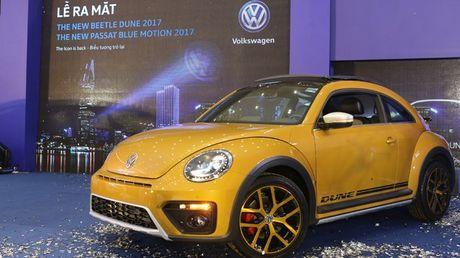 Volkswagen Beetle Dune va Passat Bluemotion 2017 ra mat tai Viet Nam - Anh 3