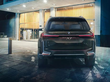 BMW X7 iPerformance xuat hien: To lon va sang trong - Anh 5