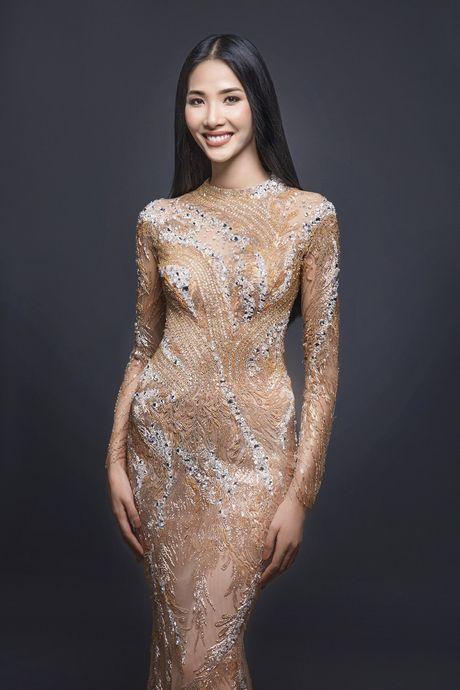 Hoang Thuy khac la voi than thai toa sang - Anh 10