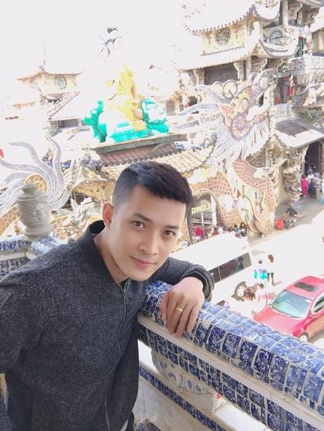 Chang nha si dep trai khien chi em ban loan - Anh 5