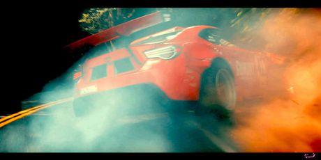 Video Toyota 86 lap may Ferrari 458 gap tai nan khi drift - Anh 2