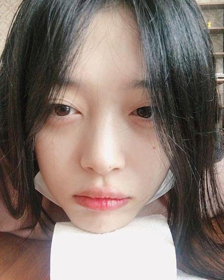 Sao Han 13/10: Suzy - Sulli do mat moc, Hani bi cun 'bo' phu phang - Anh 8