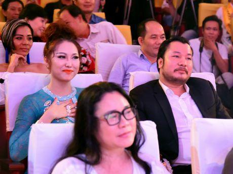 Chan dung ban trai U50 se ket hon voi Phi Thanh Van vao cuoi nam? - Anh 2