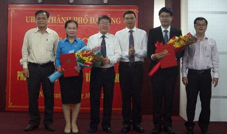 Bo nhiem 2 Pho Giam doc So Thong tin va Truyen thong - Anh 1