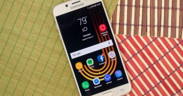 Đánh giá Samsung Galaxy J5 (2017): Ngoại hình đẹp, giá cạnh tranh