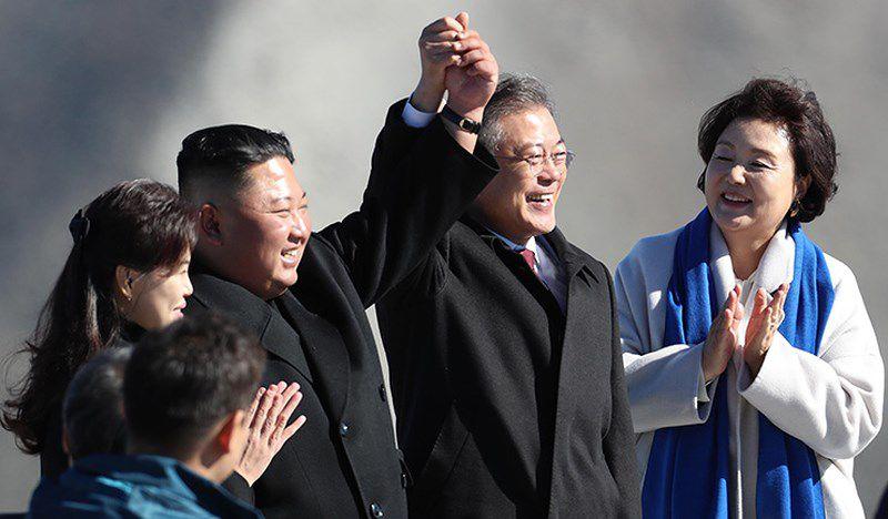 Thăm đỉnh Paekdu, Tổng thống Moon hoàn thành tâm nguyện cả đời Ảnh 7