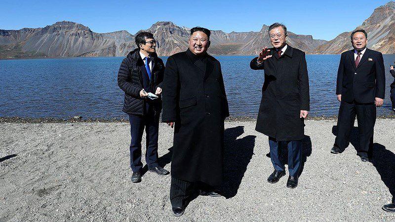 Thăm đỉnh Paekdu, Tổng thống Moon hoàn thành tâm nguyện cả đời Ảnh 3
