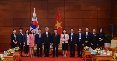 Tổng Kiểm toán Nhà nước Việt Nam hội đàm với Chủ tịch Ủy ban Kiểm toán và Thanh tra Hàn Quốc Ảnh 2