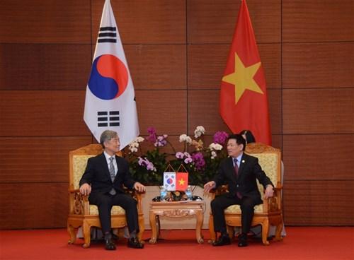 Tổng Kiểm toán Nhà nước Việt Nam hội đàm với Chủ tịch Ủy ban Kiểm toán và Thanh tra Hàn Quốc Ảnh 1