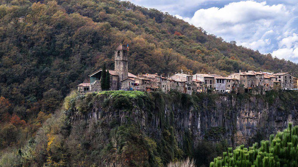 Chùm ảnh: Những ngôi nhà kỳ lạ và biệt lập nhất thế giới Ảnh 5