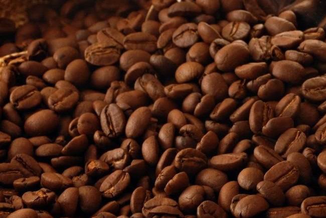 Giá cà phê hôm nay 21/9: Áp lực nguồn cung đè nặng giá Ảnh 1