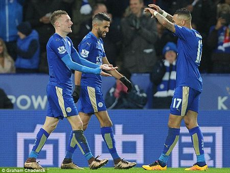 Leicester 2-0 Liverpool: Klopp cay dang thua nhan Vardy la su khac biet - Anh 2