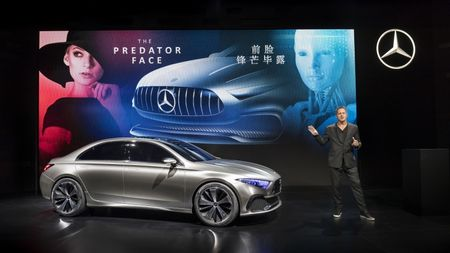 Can canh Mercedes-Benz Concept A sedan - Anh 2