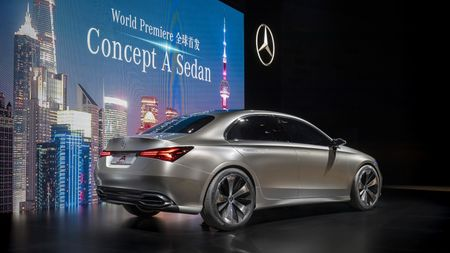 Can canh Mercedes-Benz Concept A sedan - Anh 4