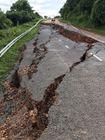 Bình Thuận: Quốc lộ 28B sạt lở nghiêm trọng