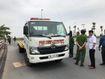 Hà Nội: Xe cứu hộ mất lái lao lên vỉa hè, đâm 3 phụ nữ thương vong