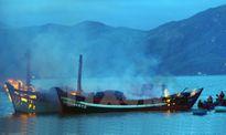 Hỏa hoạn thiêu rụi 3 tàu cá ở Bình Định, thiệt hại khoảng 30 tỷ đồng