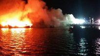 Cháy 3 tàu cá ở đầm Đạm Thủy, thiệt hại hơn 30 tỉ đồng