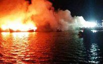 3 tàu cá cháy trong đêm, ngư dân khóc ngất khi mất 32 tỷ đồng