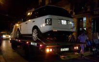Chơi ngoài đường, bé trai 2 tuổi bị xe Range Rover tông tử vong