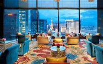 Khách sạn xa xỉ như lạc vào 'xứ sở thần tiên' ở Las Vegas