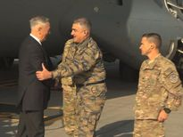 Taliban ám sát hụt bộ trưởng Quốc phòng Mỹ