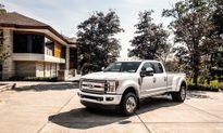Ngắm mẫu xe bán tải F-450 Limited 2018 đẹp long lanh giá 100.000 USD của Ford