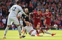 Liverpool 0-0 Man Utd: Chia điểm tiêu cực