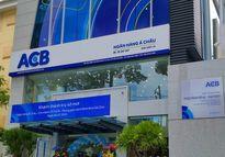 Hơn 74 triệu cổ phiếu ACB sang tay 'bất thường'