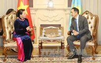Chủ tịch Quốc hội chào xã giao Thủ tướng Cộng hòa Kazakhstan
