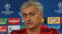 'Mourinho kêu ca, than khóc suốt cả ngày'