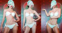 Các người đẹp Miss Earth che mặt diễn bikini