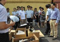 Cục Hải quan Hải Phòng lên tiếng về 10 container giày nhập lậu