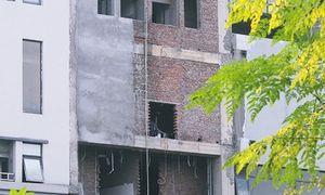 Dự án BVĐK Phương Đông: Chờ giấy phép vẫn 'lén lút' xây dựng
