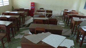 Vĩnh Long: Sập la phông trường học, 9 học sinh nhập viện