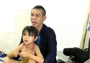 Kỳ tài lộ diện: Cha nghèo bị vợ bỏ rơi bất chấp mạng sống theo nghề Công năng để nuôi con gái