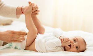 Biết được 10 sự thật này, việc chăm sóc trẻ sơ sinh sẽ 'dễ thở' hơn rất nhiều