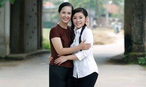 'Mẹ chồng' Lan Hương đóng MV ca nhạc cùng Sao Mai Thu Hằng