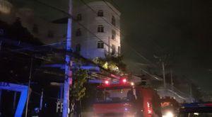 Giải cứu hàng chục người mắc kẹt trong đám cháy quán karaoke