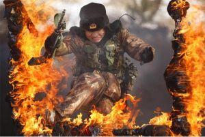 Lính đặc nhiệm và những phương pháp huấn luyện nguy hiểm, điên rồ nhất (chùm video)